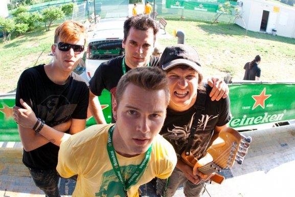SPELLBOUND DAZZLE @ Heineken jammin' Festival